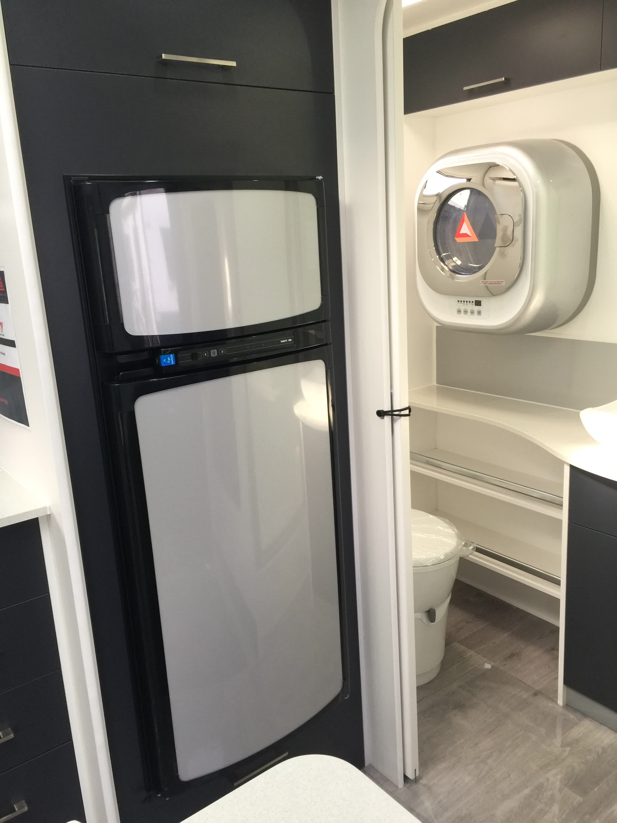 19ft Ensuite Rear Entry Na11741 New Age Caravans Tasmania
